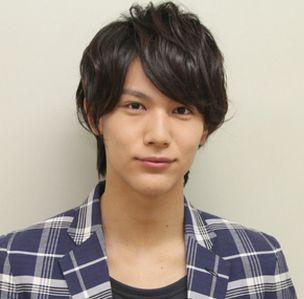 中川大志は、これまでに『NHK大河ドラマ』『家政婦のミタ』『地獄先生ぬ~べ~』などのドラマに出演し、キャリアを徐々に積み上げている若手俳優ですね。